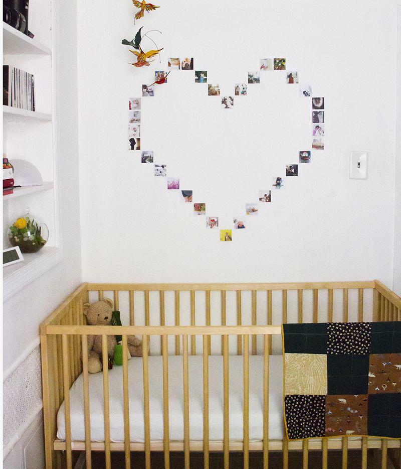parede decorada com fotos