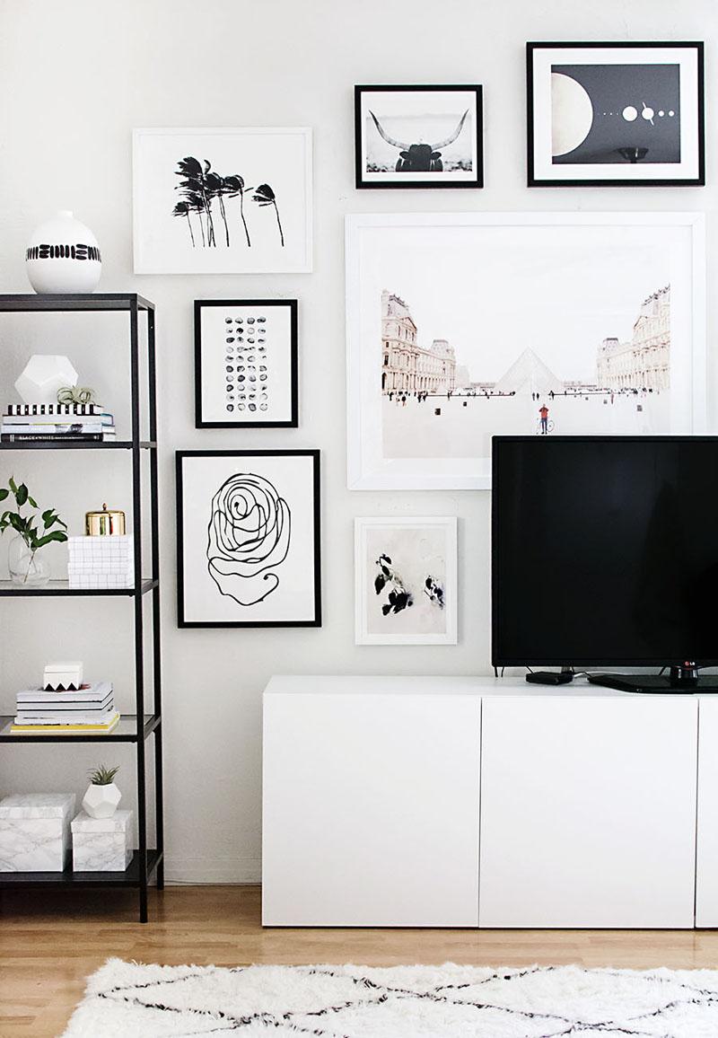 parede decorada com quadrinhos