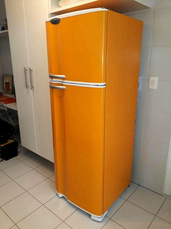 envelopamento geladeira inox