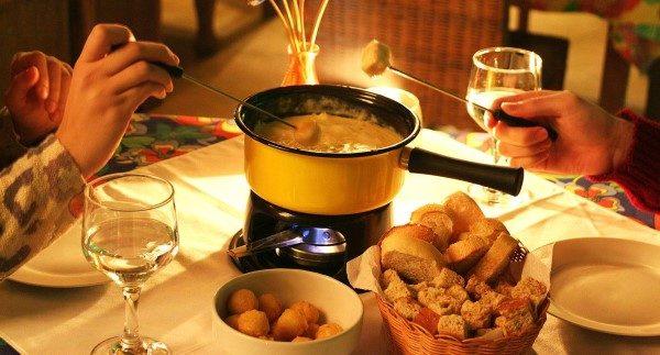 como preparar um jantar romantico