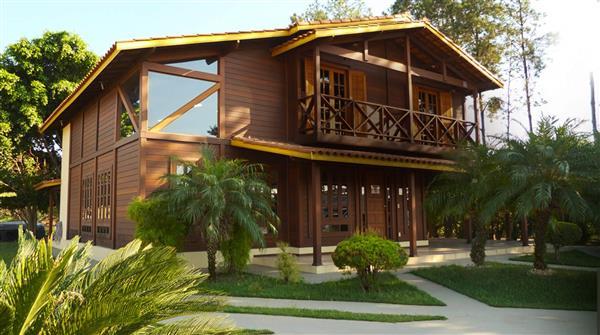 casa rustica de madeira