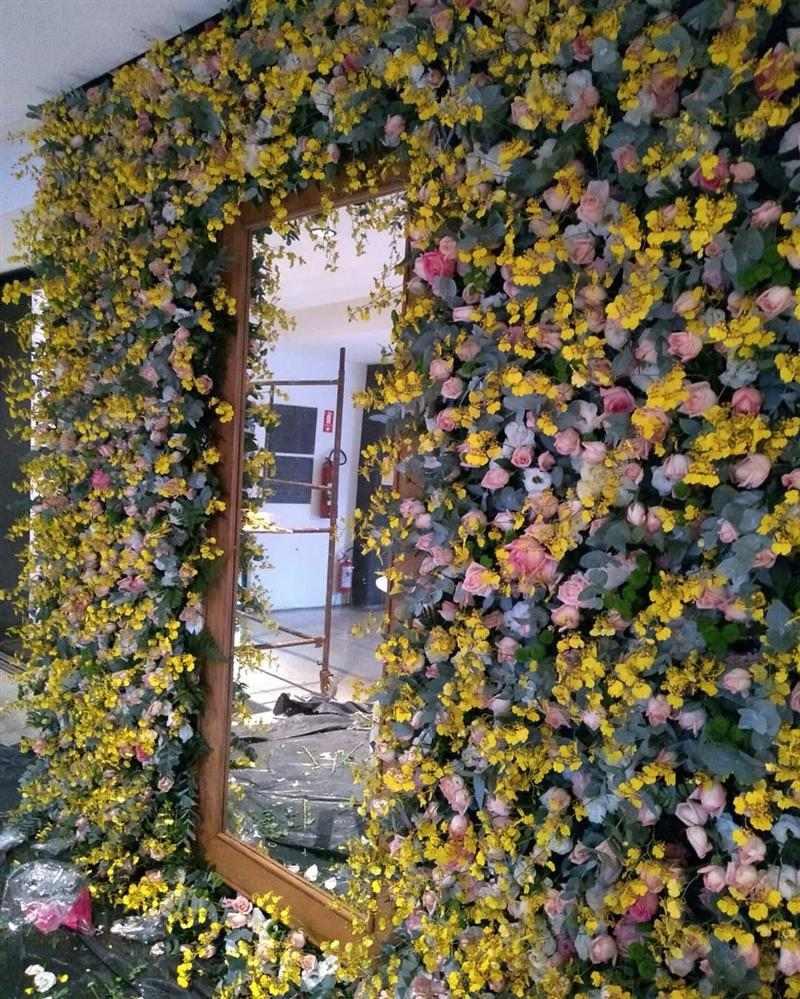 flores amarelas na decoração