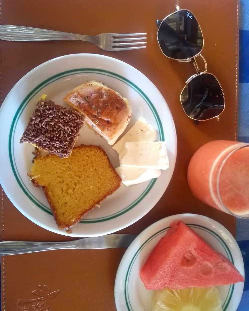 simples café da manhã