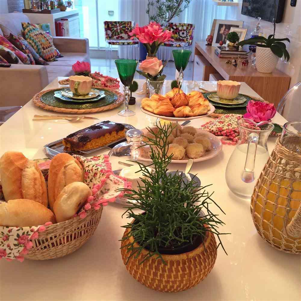 como preparar uma mesa de café da manhã