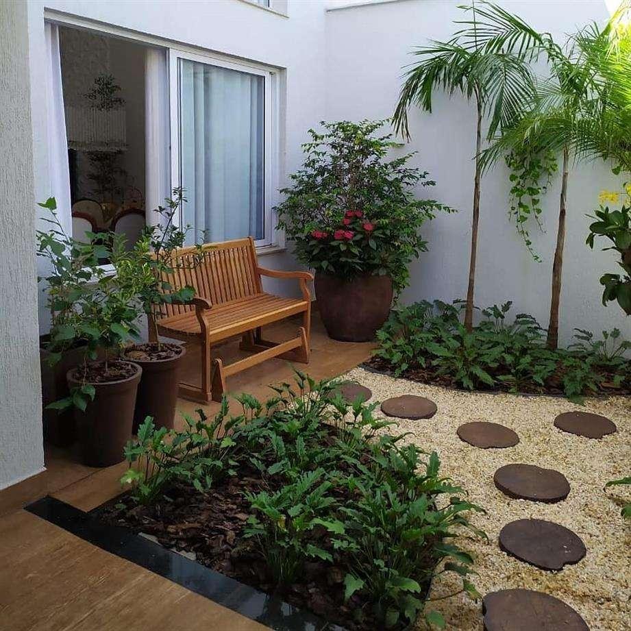 A decoração com folhagens trás vida ao ambiente
