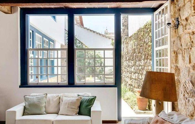 janela estilo colonial